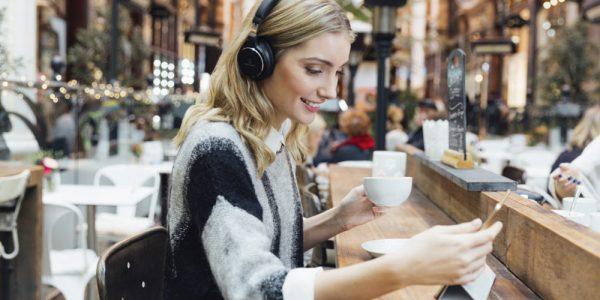 10 langatonta kuuloketta