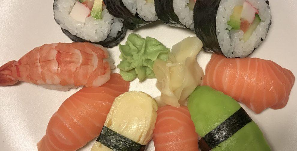 sushi-light-iphone-7-plus-990x505 (1)