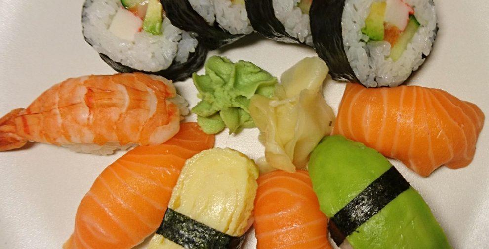 sushi-light-xperia-x-compact-990x505