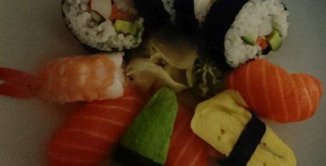 sushi-dark-xperia-xz-1-990x505
