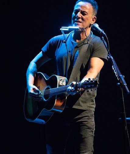 Springsteen_on_Broadway_1b-1_27389-427x505